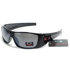You'll love oakley from here only New apparel New design for you. make yourself look more wonderful with oakley in Summer Sunglasses, Cool Sunglasses, Sunglasses Outlet, Spring Outfits, Winter Outfits, Casual Outfits, Oakley Glasses, Oakley Batwolf, Teen Fashion