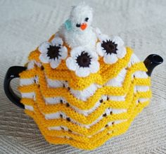 Chick and Flowers Knitted Medium TeaPot Tea Cosy - Teapot is Not Included £12.99