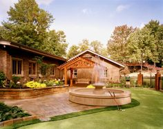 Residence in Kingsport No. 2, Tennessee - Major Addition / Renovation. Photography by Doug Salin.