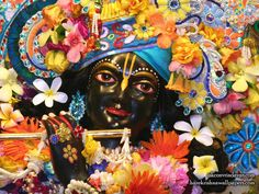 Sri Shyamsundar Close up Wallpaper (013)   Download Wallpaper: http://wallpapers.iskcondesiretree.com/sri-shyamsundar-close-up-iskcon-vrindavan-wallpaper-013/  Subscribe to Hare Krishna Wallpapers: http://harekrishnawallpapers.com/subscribe/  #Krishna, #Shyamsundar