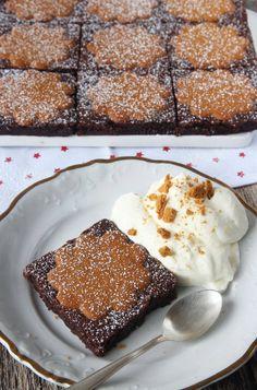 Brownies med pepparkakor – Lindas Bakskola Christmas Dishes, Christmas Brunch, Christmas Baking, Opening A Bakery, Healthy Dessert Recipes, Desserts, Sweet Recipes, Sweet Treats, Food Porn