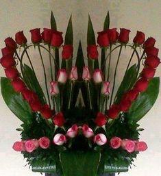Heart shaped rose display – Valentine's Day Valentine Flower Arrangements, Funeral Flower Arrangements, Flower Arrangements Simple, Valentines Flowers, Floral Centerpieces, Altar Flowers, Church Flowers, Funeral Flowers, Deco Floral