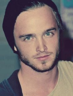 Aaron Paul // sooooo pretty