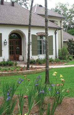 A Hays Town Style Homes | ... in a style similar to designs of Louisiana architect A. Hays Town
