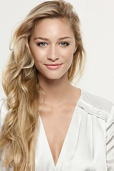 Beatrice Borromeo, (born 18 August 1985), journalis, is a member of the ancient aristocratic House of Borromeo, and she is well known in the Italian news media as an outspoken television personality. Since 2008, she has been increasingly known in the tabloid press as the girlfriend of Pierre Casiraghi, the younger son of Princess Caroline of Monaco.
