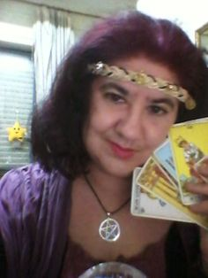 Yo disfrazada de adivina/ Me disguised as a Gypsy fortuneteller :)