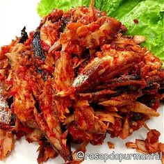 Resep ikan tongkol enak Instagram/@masakanmamaku.id @hobikumemasak Fish Recipes, Seafood Recipes, Asian Recipes, Healthy Recipes, Ethnic Recipes, Indonesian Desserts, Indonesian Cuisine, Indonesian Recipes, Indonesian Food Traditional