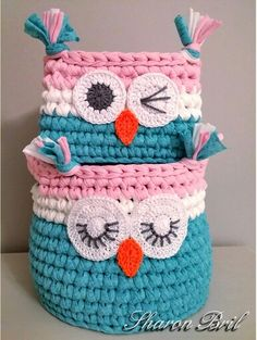 Crochet baskets Crochet Owls, Crochet Home, Love Crochet, Crochet Motif, Crochet For Kids, Crochet Crafts, Yarn Crafts, Crochet Projects, Sewing Crafts