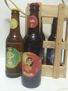 Caja Castua, 4 Estaciones . Caja de madera rústica con 4 botellas de 33 cl. de Cerveza Castua, Invierno, Primavera, Verano y Otoño.