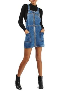 Obsessed with this denim overalls dress outfit.