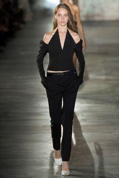 Sfilata Saint Laurent Parigi - Collezioni Primavera Estate 2017 - Vogue