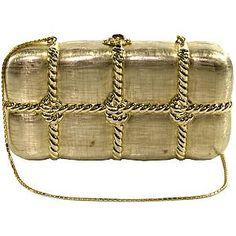 Similar to my second Judith Leiber. Vintage Purses, Vintage Bags, Gold Class, Judith Leiber, Cute Bags, Purses And Handbags, Ladies Handbags, Luxury Bags, Evening Bags