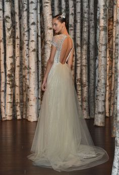 12 Wedding Gowns That Are Even More Gorgeous From the Back -Cosmopolitan.com