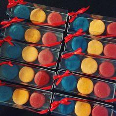 #maymacarons #macarons #personalizado #nossasembalagens #cores #sabores #aindadatempo #encomendeoseu #natal2015