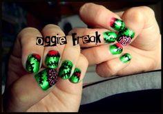 Helloween nail design