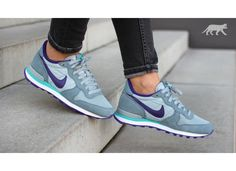 low priced 1a78d 0a950 Nike wmns Internationalist (Aviator Grey  Court Purple - Silver Wing -  Hyper Jade)