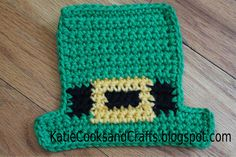 St Patrick's day craft.  Leprechaun hat coaster pattern and video tutorial.  Free pattern