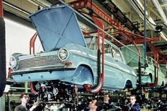 Volkswagen, Olympia, Assembly Line, Car Brands, Vintage Cars, Super Cars, Chevy, Germany, Classic