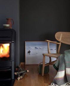The Sunnmøre Bunad Blanket by Fram Oslo in Pure New Wool Fine Norwegian Sunnmore Bunad Wool Blanket - Sweater Chalet