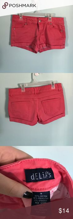 DELIAS OLIVIA SHORTS Tight fitting but stretchy, still true to size, great condition Shorts Jean Shorts