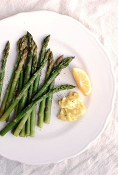 asparagus-with-Meyer-lemon-aioli1