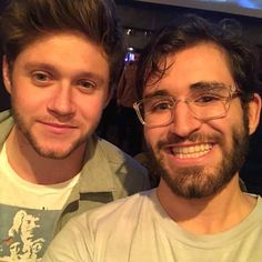 """""""loganzut: Ok so I'm just as shock as you are lol. Like I don't think I've ever been this lucky lol. They were both extremely sweet :) I gave Niall a nice handshake and told him. Irish Boys, Irish Men, Niall Horan Photoshoot, Niall Horan News, King Of My Heart, What Is Your Name, James Horan, Always Smile, 1d And 5sos"""