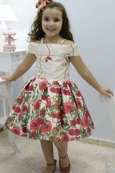 Kids Party Wear Dresses, Toddler Girl Dresses, Little Girl Dresses, Girls Dresses, Girls Frock Design, Kids Frocks Design, Baby Frocks Designs, African Dresses For Kids, Latest African Fashion Dresses