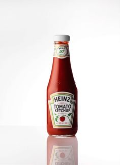 'Favorites' in Linda Magazine NL Photography by Frank Brandwijk I 'Bottle Red Heinz Tomato Ketchup' 'Food'
