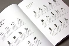 During the development of catalogues for Traforart it became necessary to develop a system to explain the technical specifications of their products. We then created a whole technical symbol system that explains in the simplest possible way each of the technical concepts that their products may have. This project helped us bring together in a small space all the technical features of all products in the catalogue.