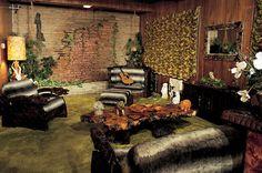 Graceland Mansion - Graceland Tours - Elvis Presley's Mansion