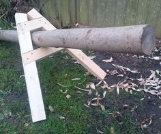 This is simply a convenient and easy to build jig that can help to hold logs whilst you saw them. I always found that when I clamped logs down to my bench for sawing that they always wriggled loose due to the fact that they're round. With this very simple device you can slip the log inside and get instant clamping pressure for a fiddle free cut! The video above shows the general steps of the build and the holder in use but as always I'll go into more detail of the build below.I hope y...