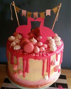 #cake #misswhoopie #drip #dripcake #flamingo #pink #party #girl #tortabimba #torta  #fenicottero