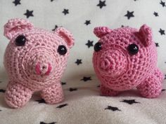 Crochet Pig Amigurumi 2.5 inches tall by TheHappyStar on Etsy
