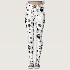Halloween Cartoon Skull Pattern in Black White Leggings #halloween #holiday #creepyhollow #women #womensclothing