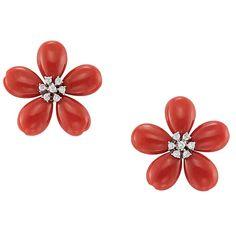 Pair of Oxblood Coral and Diamond Flower Earrings Gold, 16 diamonds ap. Jewelry Design Earrings, Gold Earrings Designs, Gold Jewellery Design, Gold Jewelry Simple, Coral Jewelry, Flower Brooch, Flower Earrings, Le Jade, Diamond Earing