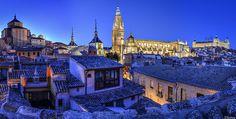 Panoramica nocturna de Toledo.