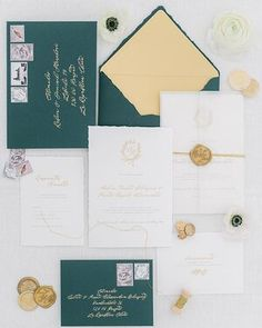 A beautiful set of wedding prints in a white, green and gold palette whit the combination of calligraphy and printing ✉️🌿 #praguewedding #wedding #weddinginvitations #love #weddingflowers #weddingaccessories #autumnwedding #elegantwedding #elopement #bride #groom #chateaumcely #pragueweddingphotography