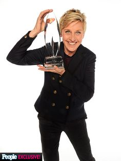 Ellen DeGeneres and her award for favorite daytime talk show host at 2014 People's Choice Awards