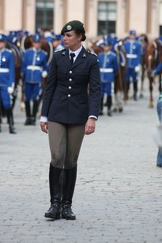 The Royal Palace, Stockholm Horse Riding Boots, Leather Riding Boots, Equestrian Outfits, Equestrian Style, Military Women, Women Police, Police Outfit, Idf Women, Riding Habit