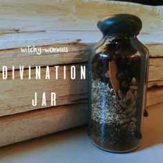• cloves - divination • bay leaf - divination • sage - divination • chamomile - meditation • spearmint - mental clarity • cinnamon - wisdom • lavender - clairvoyance I am so excited to share this jar with you. It's been on my to-do list for ages and...