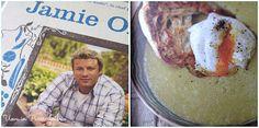 Torniamo a parlare di libri. Oggi però per la prima non voglio recensire un romanzo sulla cucina, bensì un libro di cucina a tutti gli effetti: La mia cucina naturale del noto chef inglese Jamie Ol...