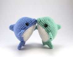 Pearl the Dolphin - Amigurumipatterns.net
