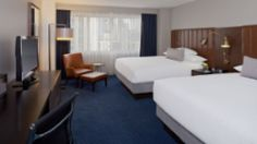 Double Queen Guestroom / Minneapolis / Minneapolis Hotels / Hyatt Regency Minneapolis / Hotel