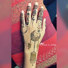 Moon and Lantern Henna / Mehndi for EID on hand . Henna by Jorietha Eid Mehndi Designs, Mehndi Design Photos, Latest Mehndi Designs, Mehndi Designs For Hands, Henna Tattoo Designs, Mehedi Design, Moon Design, Simple Henna Tattoo, Henna Tattoos