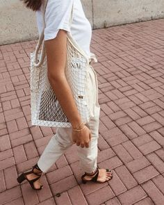 Ideas Travel Outfit Casual Simple For 2019 Travel Outfit Summer, Summer Fashion Outfits, Casual Summer Outfits, Simple Outfits, Spring Summer Fashion, Trendy Outfits, Summer Travel, Holiday Travel, Holiday Bags