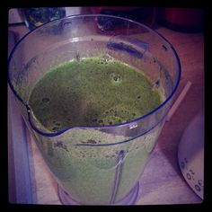 A green smooth for lunch #spinach #apples #raw #rawsmoothes #rawislife #rawforever #rawspinach #ready4raw #rawnourishment #rawfood #rawvegan #rawsmoothes #rawveggie #healthyfood #healthynourish #happyraw #ilovegan