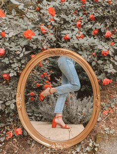 inspiration for a chic look on the latest photo trend Classy Aesthetic, Summer Aesthetic, Aesthetic Photo, Aesthetic Pictures, Mirror Photography, Photography Photos, Cute Instagram Pictures, Instagram Editing Apps, Photographie Portrait Inspiration