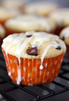 Orange Ricotta Chocolate Chip Muffins - these are delicious! Made in Feb Tastes more like a cupcake than a muffin! Amazing Chocolate Cake Recipe, Chocolate Bundt Cake, Chocolate Chip Muffins, Chocolate Chips, White Chocolate, Muffin Recipes, Baking Recipes, Cookie Recipes, Two Ingredient Cakes