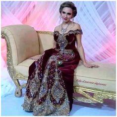 Traditionnelle Aya, Costume Traditionnel, Traditionnel Tunisien, Algerie, Caftan, Algérie LInspiration, La Mode Algérien, Robes De Mariée,