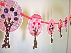 tree bunting Summer Trees, Spring Tree, Paper Bunting, Washer Necklace, Garland, Banner, Create, How To Make, Jewelry